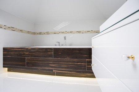 Materiali dei mobili da bagno mobili da bagno a bologna consigli ed informazioni utili - Showroom arredo bagno bologna ...